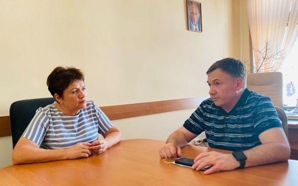 Алла Пономаренко встретилась с летчиком-космонавтом, героем России Юрием Лончаковым