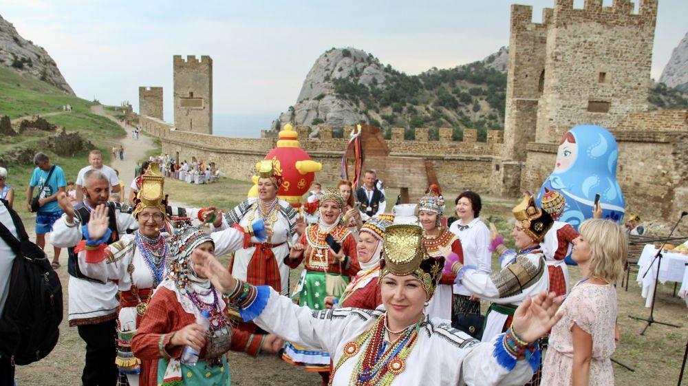 При поддержке Минкульта РК в Судаке проведен Фестиваль национальных свадебных обрядов