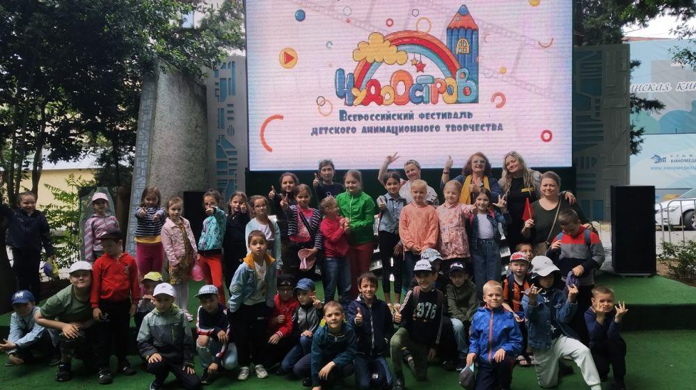 Программы Всероссийского фестиваля анимационного творчества «Чудо-остров» посмотрели дети во всех регионах Крыма