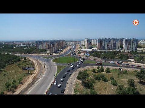 В районе развязки на Камышовом шоссе временно меняется схема движения транспорта (СЮЖЕТ)