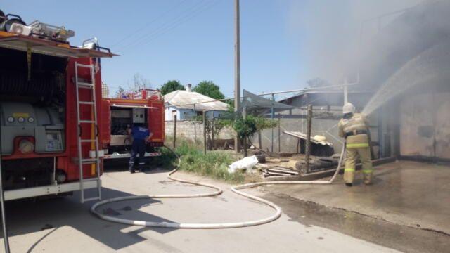 Два автомобиля сгорели в Ленинском районе