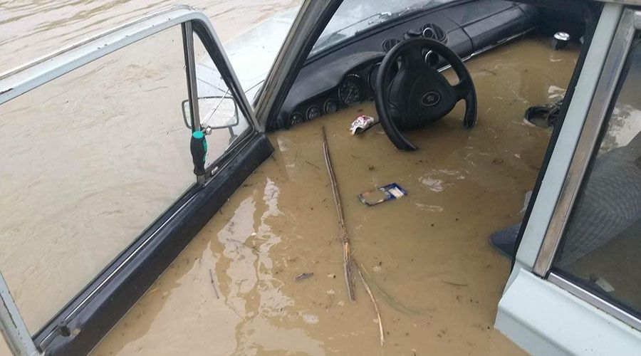 Стоимость «утонувших» в Крыму автомобилей оценили в 400 млн рублей