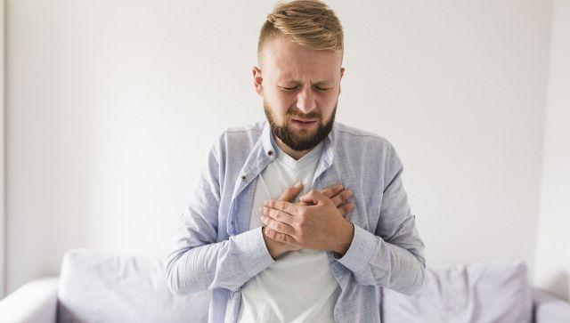 """Когда пора к врачу: названы """"незаметные"""" симптомы опасных состояний"""