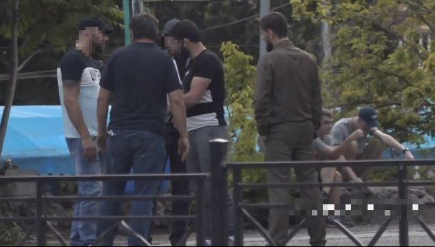 В Ялте признали виновными трёх мужчин, которые похитили человека и вымогали у него деньги