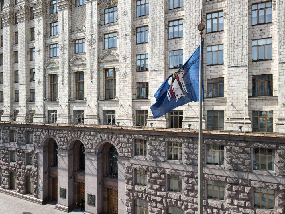 «Акт вандализма»: глава ОП Крыма о демонтаже памятника дружбе с Москвой в Киеве