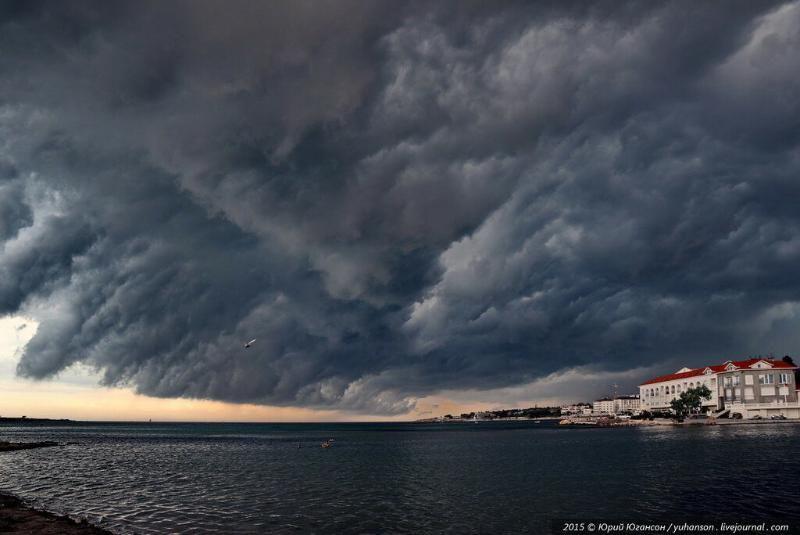 В Севастополе ожидается сильный дождь — объявлено штормовое предупреждение