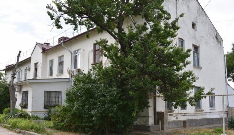 Старые дома на проспекте Гагарина подключают к центральной канализации