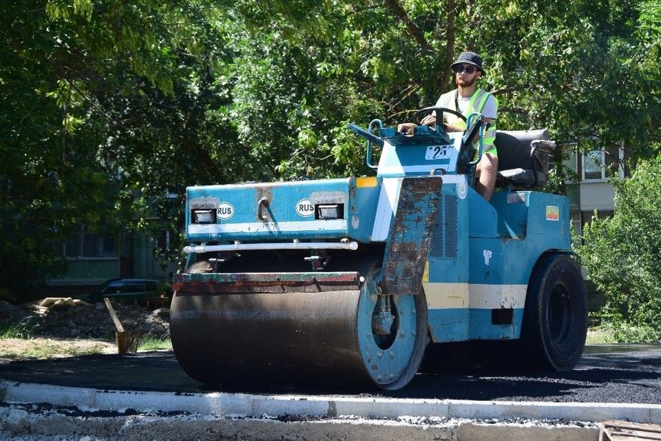 Дорогу между микрорайонами Фонтаны и Новониколаевский завершили на 90%