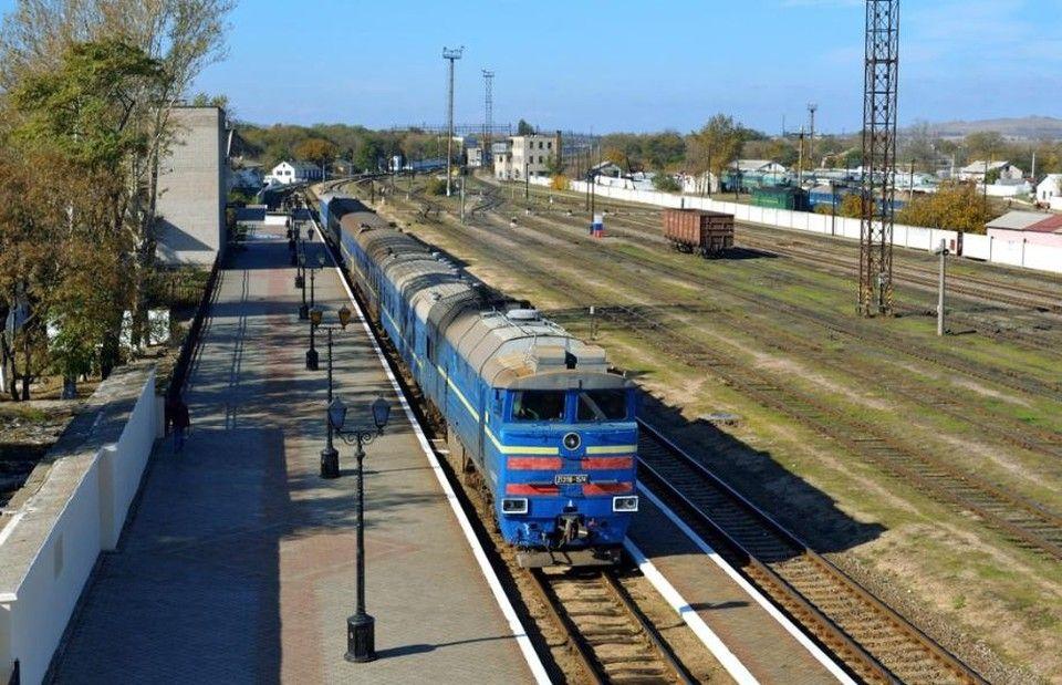В Крыму сделают ремонт трех железнодорожных станций