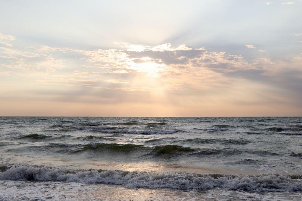 На поиски пресной воды под Азовским морем выделено еще 300 млн