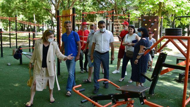 """""""Безопасность детства"""": в Симферополе проверили парк Гагарина"""