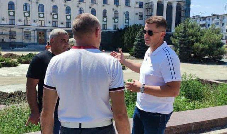 Благоустройство на площади имени Ленина в Симферополе успеют закончить в срок