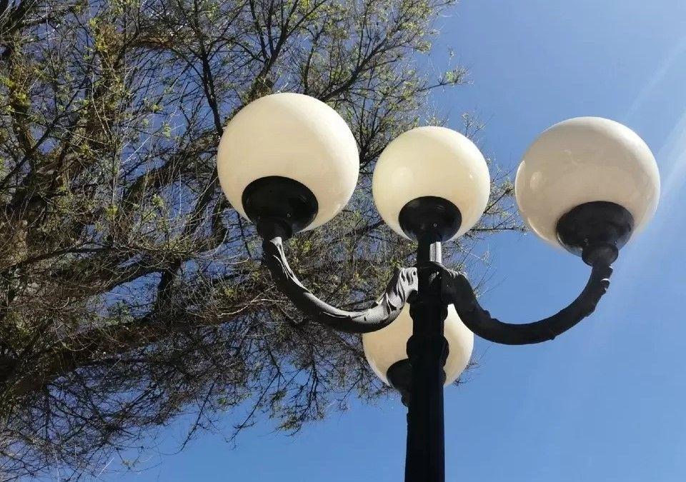 В Крыму перебои электроэнергии: местные жители спасаются от жары под кондиционерами