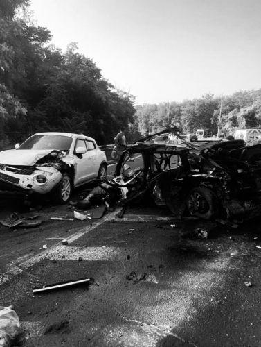 В крупном ДТП на трассе Ялта-Севастополь погибли пять человек
