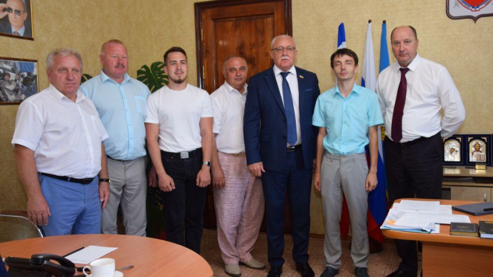 Руководители Красногвардейского района встретились с делегацией из Омской области