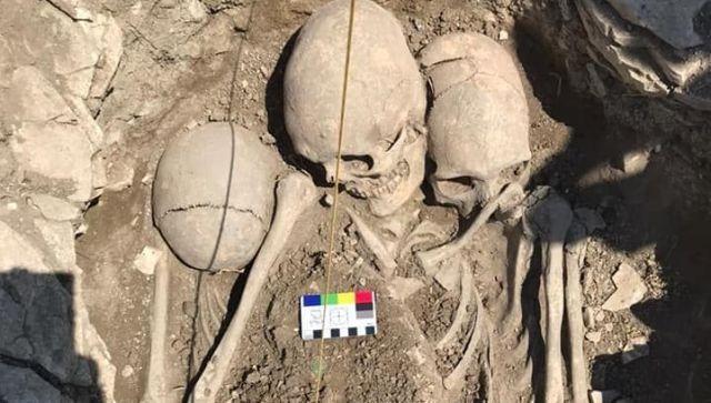 На некрополе в Крыму нашли скелеты людей с вытянутыми черепами