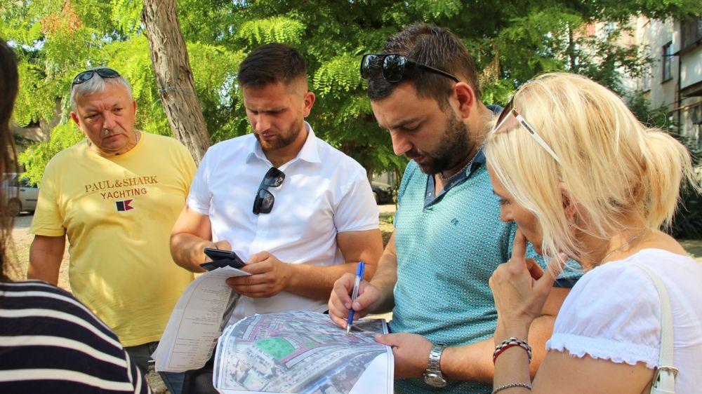 В Керчи проводится работа по согласованию дизайн-проектов благоустройства дворовых территорий в рамках ликвидации последствий ЧС