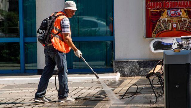 Ежедневно и без выходных: власти рассказали об уборке Симферополя