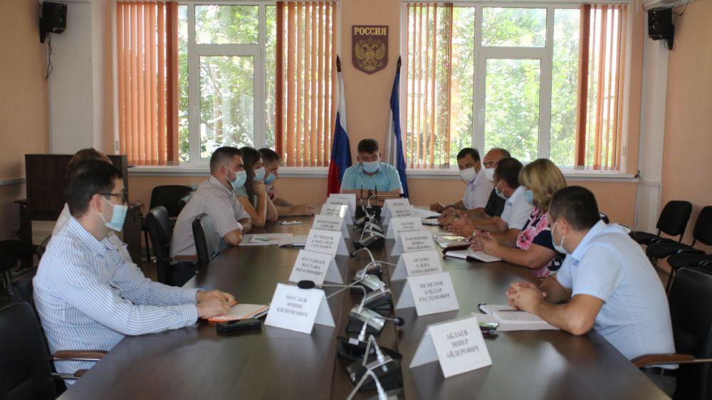 В Гскомнаце Крыма состоялось рабочее совещание по вопросу оформления кладбища г. Бахчисарая