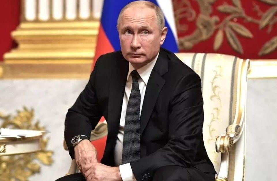 Известный аукционер банка «Россия» получил президентский орден за вклад в Крым