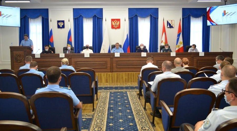 Директор севастопольского госучреждения получил штраф за незаконное продление контракта