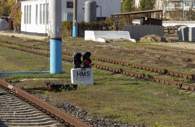 40-летний мужчина попал под грузовой поезд в Севастополе