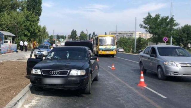 На евпаторийской трассе в Саках насмерть сбили крымского чиновника