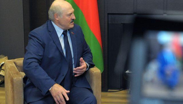 Лукашенко заявил о готовности принять в Белоруссии войска РФ