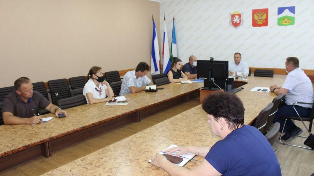 Андрей Пирогов провел заседание комиссии по проверке готовности жилого фонда и объектов соцсферы к отопительному сезону 2021-2022 годов