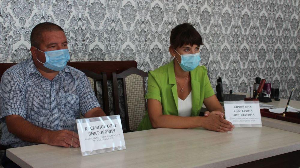 Екатерина Юровских провела выездные совещания и личные приемы граждан в Лениновском и Мысовском сельских поселениях