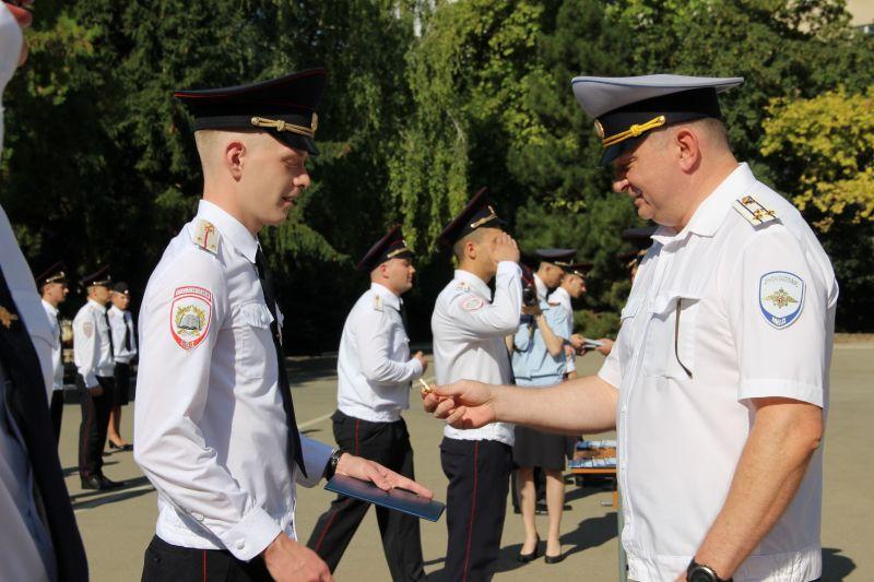 В Крымском филиале Краснодарского университета МВД России состоялся выпуск молодых специалистов