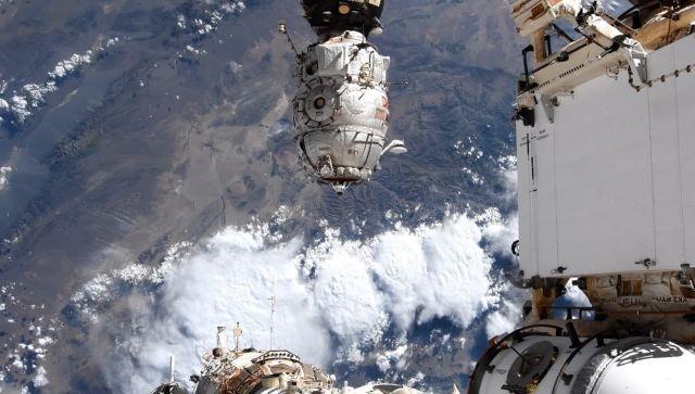 """""""Роскомсос"""" заявил о рисках использования МКС после 2024 года"""