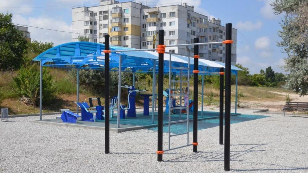 Андрей Рюмшин: В Черноморском районе состоялось торжественное открытие спортивной площадки «Феникс»