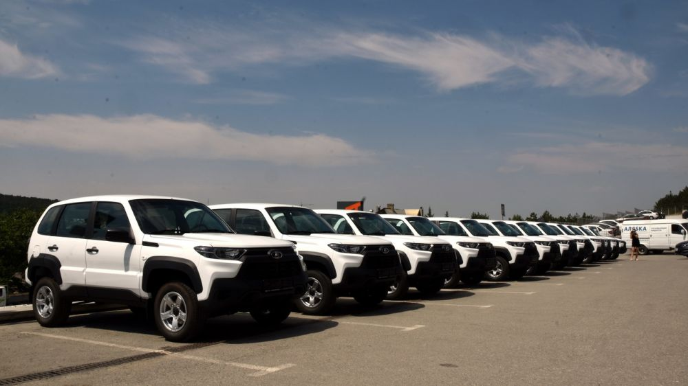 Минздрав РК: В больницы Крыма направлено 17 новых автомобилей