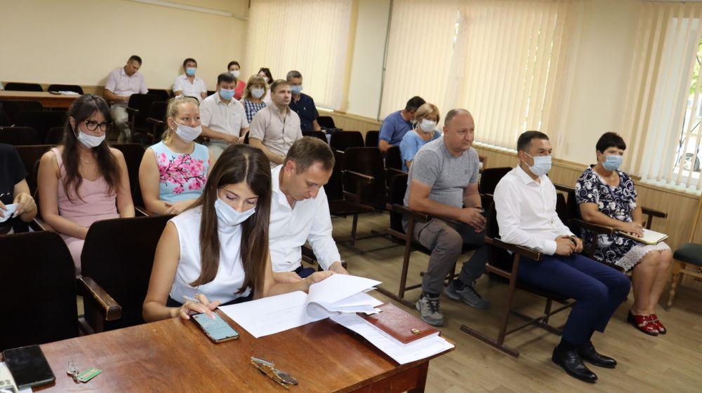 Владимир Сабивчак провёл еженедельное аппаратное совещание с начальниками структурных подразделений администрации