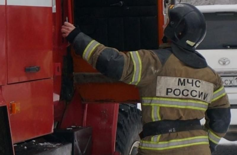 В Севастополе горело здание бывшего завода