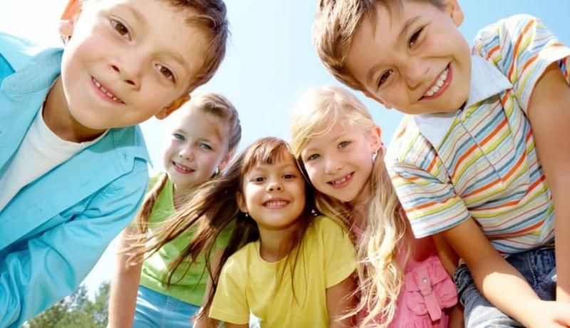 Пенсионный фонд Ф начал выплачивать единовременное денежное пособие на школьников