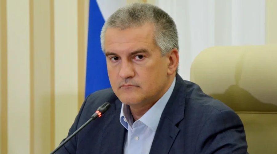 Аксёнов предложил послать Зеленскому крымских рапанов