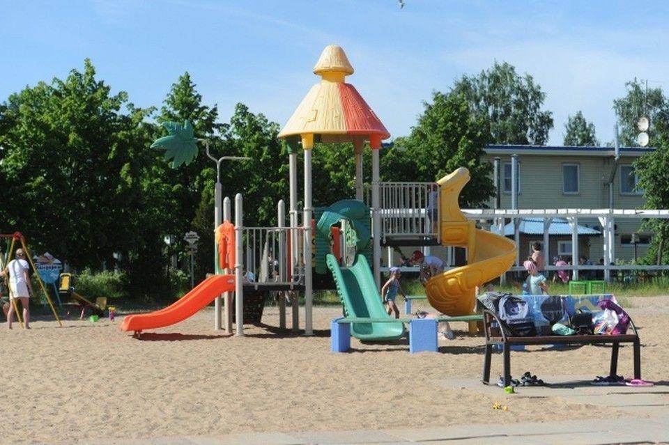 В Симферополе проверят состояние детских площадок