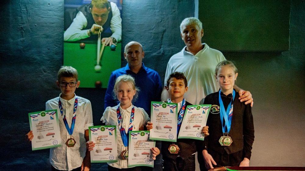 Сакские спортсмены приняли участие вПервенство России по снукеру (бильярдный спорт)