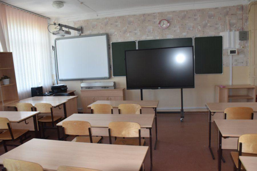 В Севастополе проверяют готовность школ и детских садов к приему детей в новом учебном году