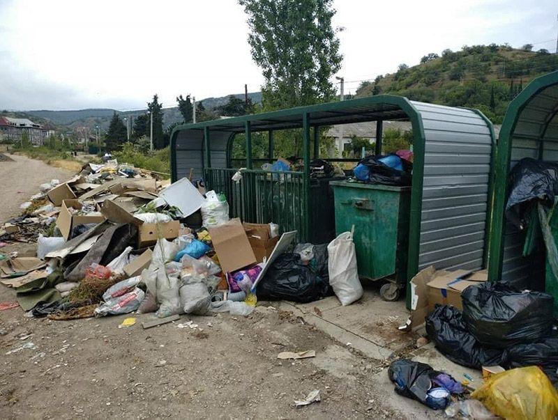 Курортные города Крыма утопают в мусоре