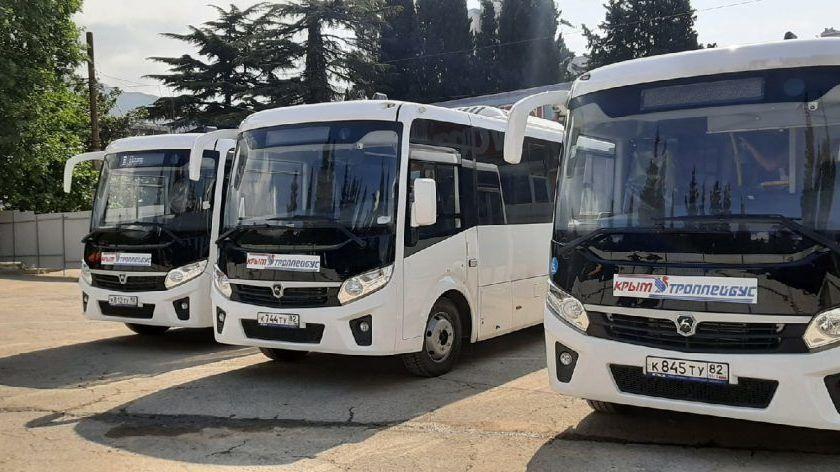 На маршрут №115 «Ялта-Симеиз» вышло 7 новых автобусов