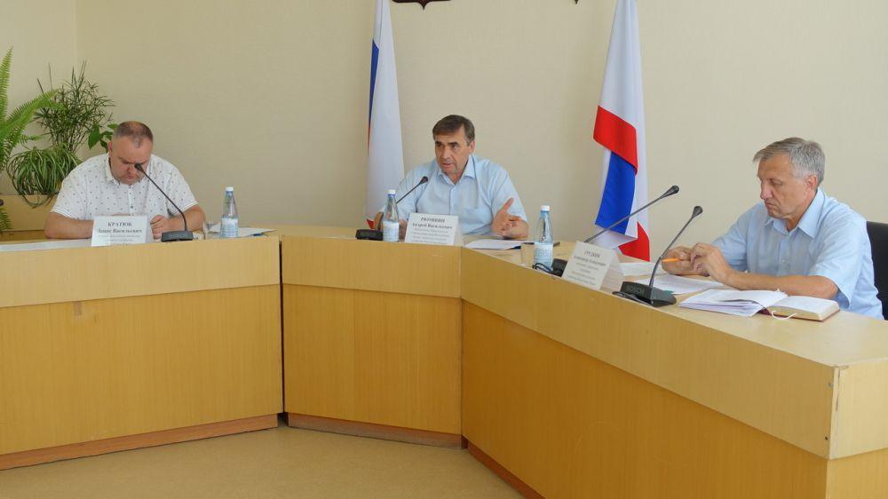Крымские производители пшеницы, ржи, кукурузы и кормового ячменя смогут получить господдержку - Андрей Рюмшин