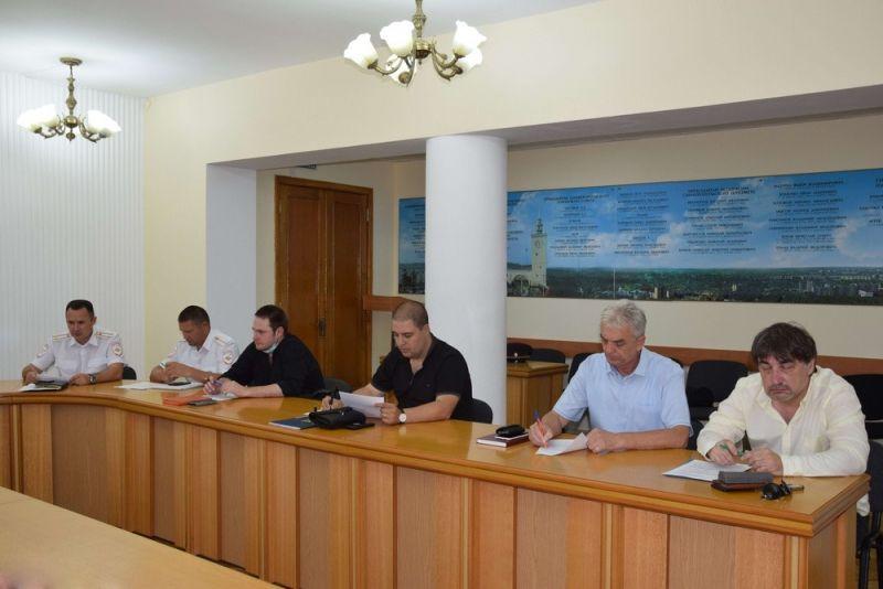 В Крыму общественники участвуют в обсужении вопросов безопасности дорожного движения