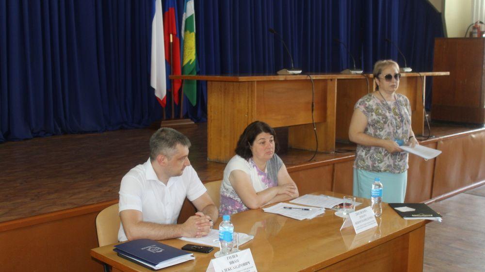 В администрации Белогорского района состоялось рабочее совещание по вопросам социально-экономического развития района