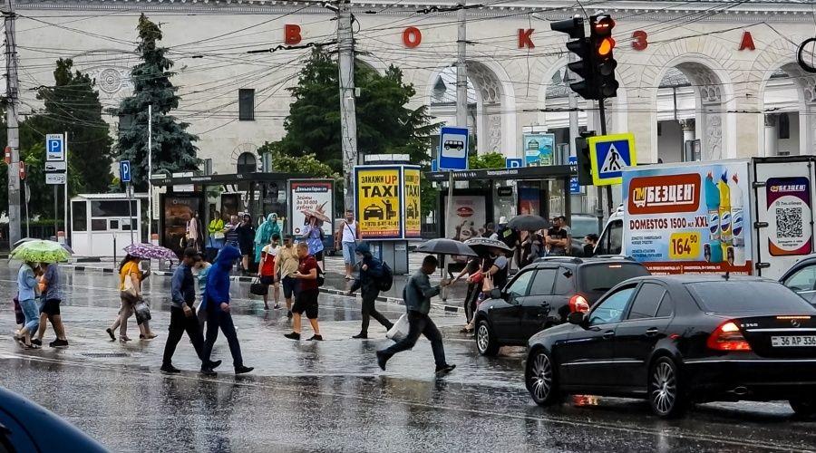 Ливни и грозы ожидаются в Крыму в ближайшие часы