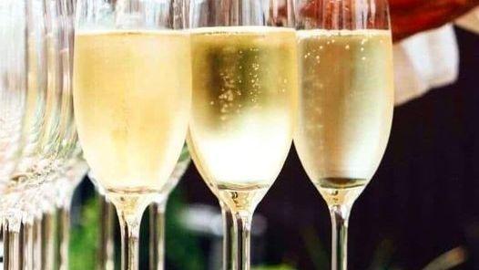 Порядка 2,9 млн дал шампанского произведено в Республике Крым с 2014 года, включая первое полугодие этого года - Андрей Рюмшин