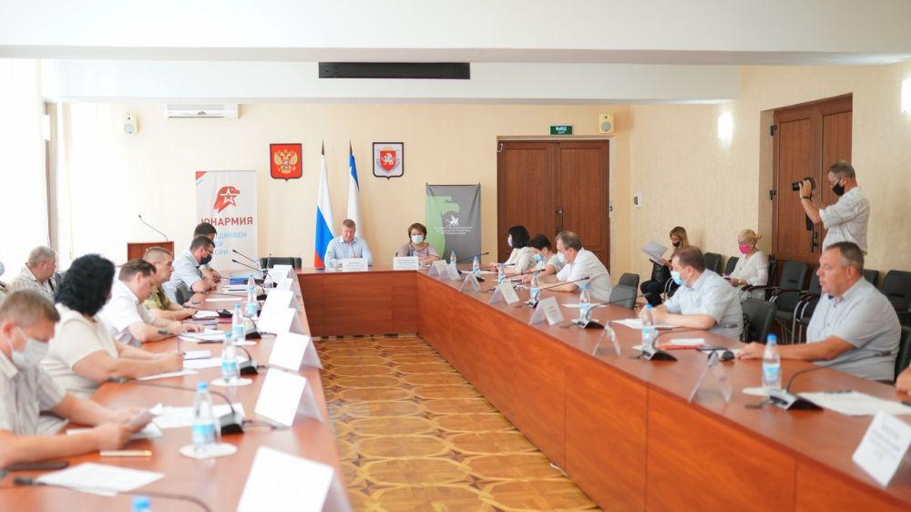 В Совете министров Республики Крым состоялось совещание по вопросам развития Юнармейского движения в Республике Крым