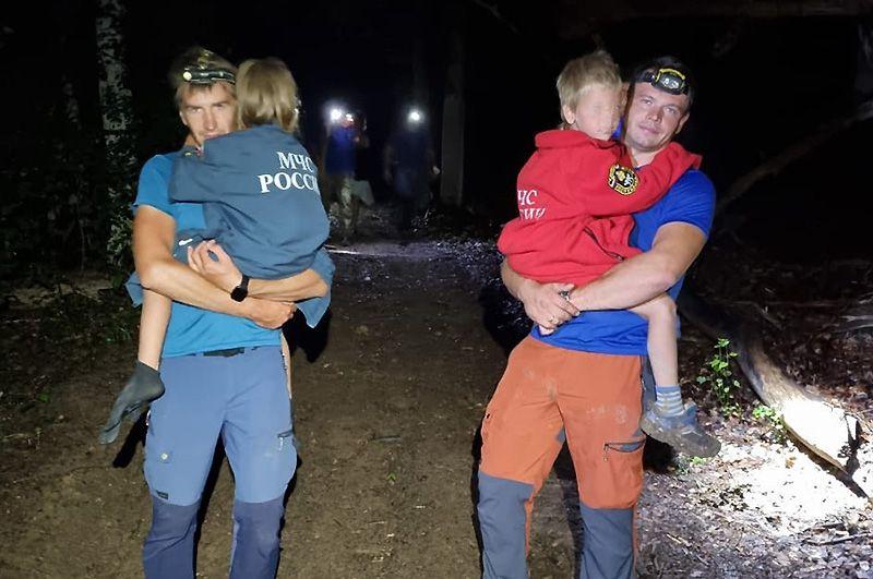 В Бельбекской долине заблудилась женщина с двумя детьми